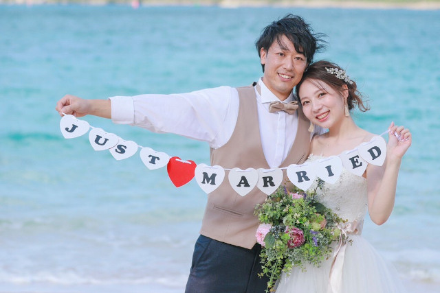 just married 成婚した男女
